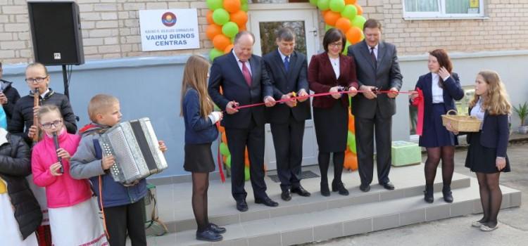 2016-04-08. Saulėtekių kaime įkurtas vaikų dienos centras